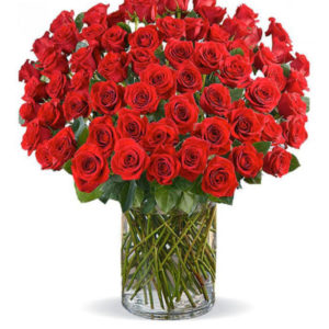 100 Red Roses in a vase 2