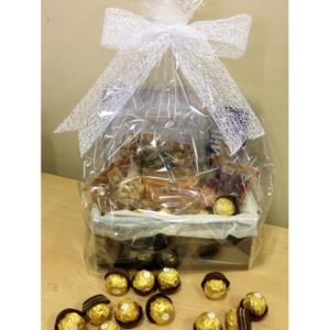 Nuts and Chocolates Hamper H09
