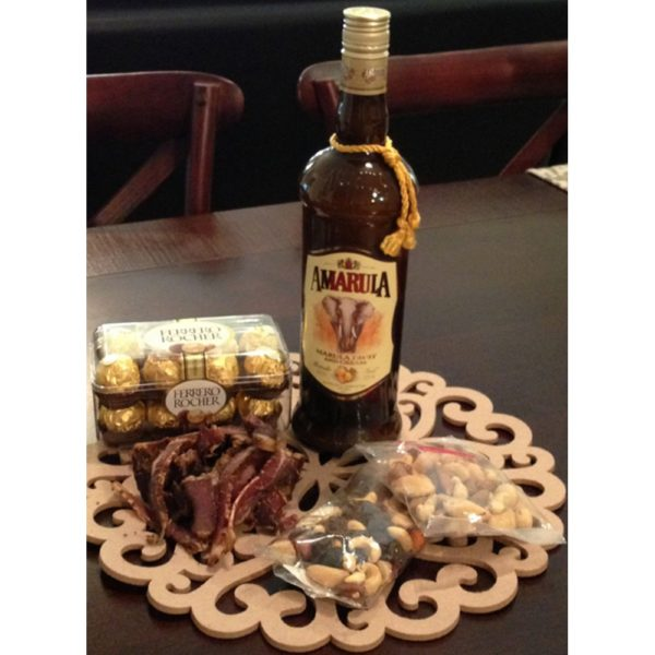 Amarula, Biltong, Chocolate and Dried Fruit/Nuts Hamper H17