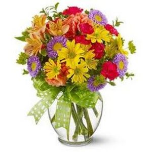 Mix Flowers in a Glass Vase F21